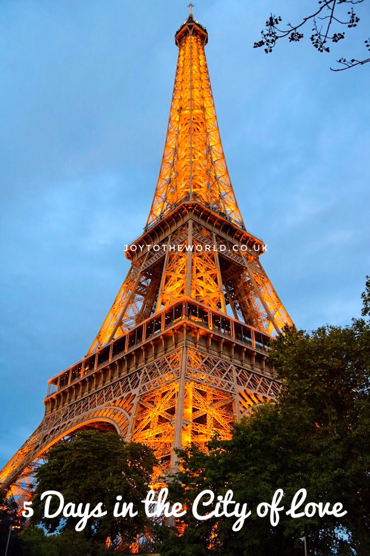 Travelling as a Couple: Honeymoon in the City of Love,Paris